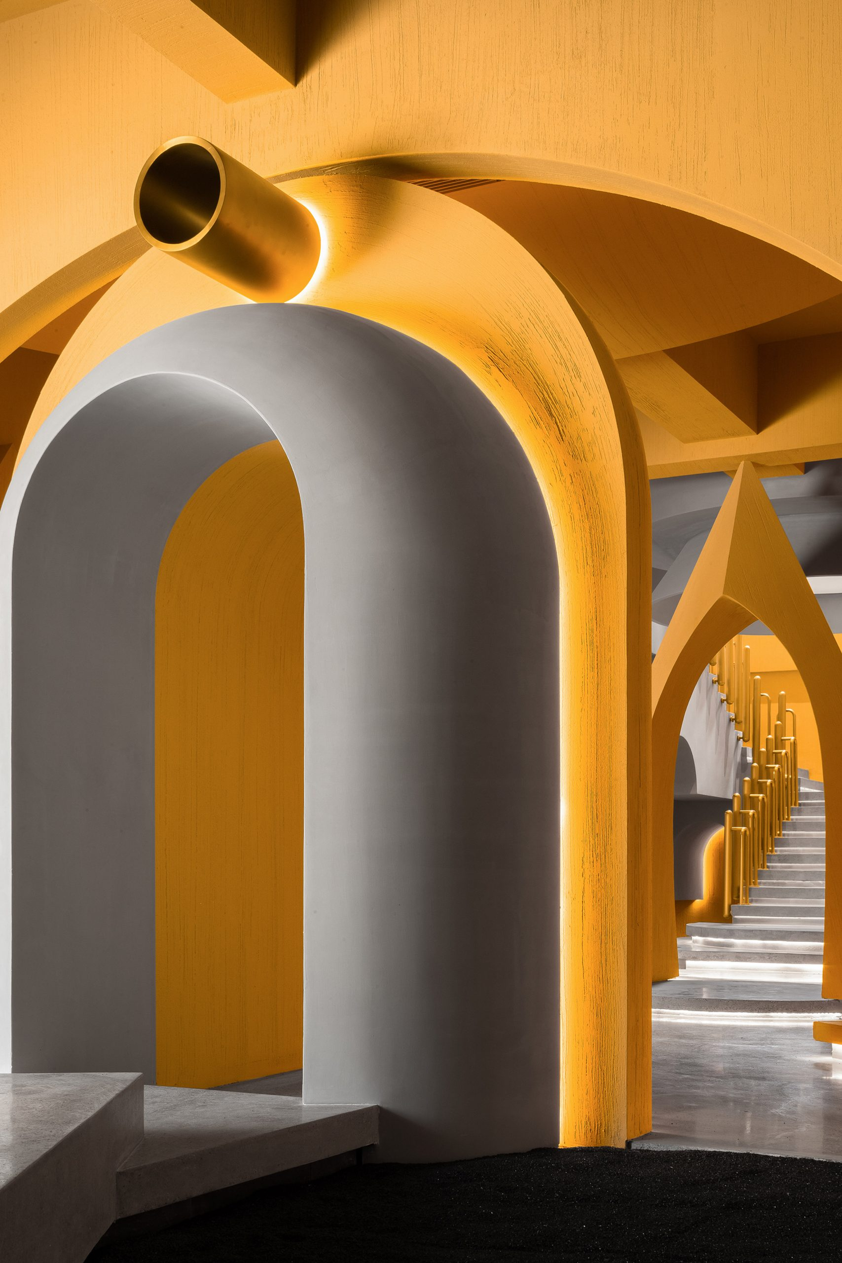 Arches in furniture showroom
