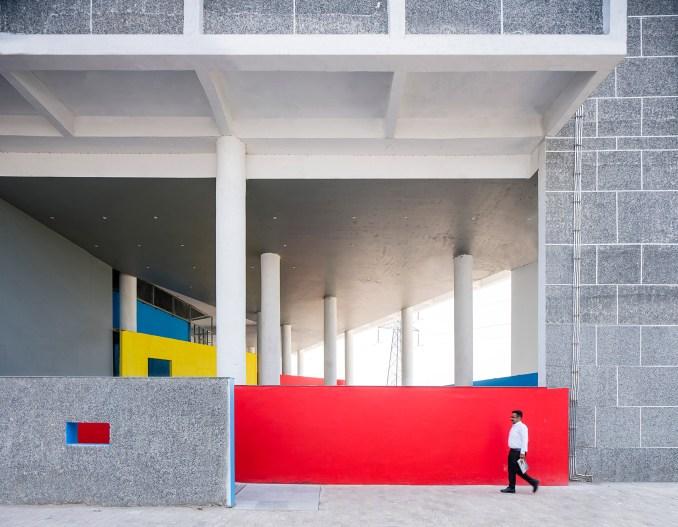 Block colour walls at student accommodation entrance