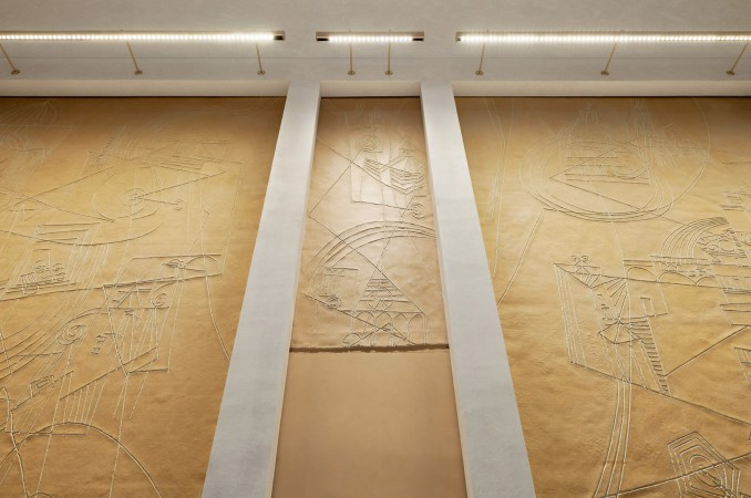 Artworks were placed within the walls of Apple Via del Corso