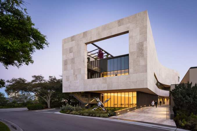 Hurricane-resistant glazing and limestone facade of an art museum in Florida