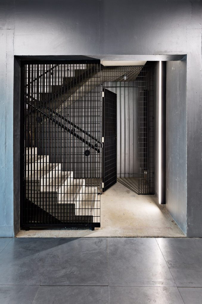 Stairwell inside Barozzi Veiga building