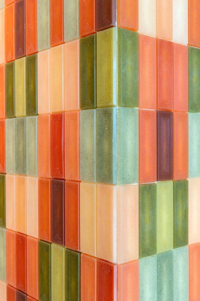 Colourful algae tiles