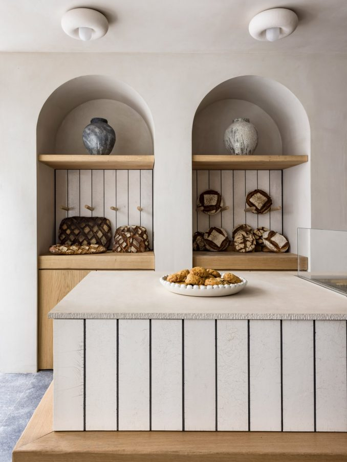 Arched alcoves containing bread