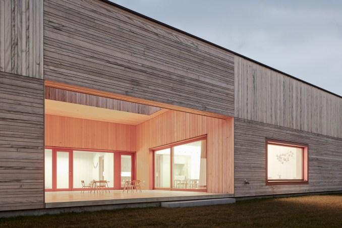 Timber-clad kindergarten extension