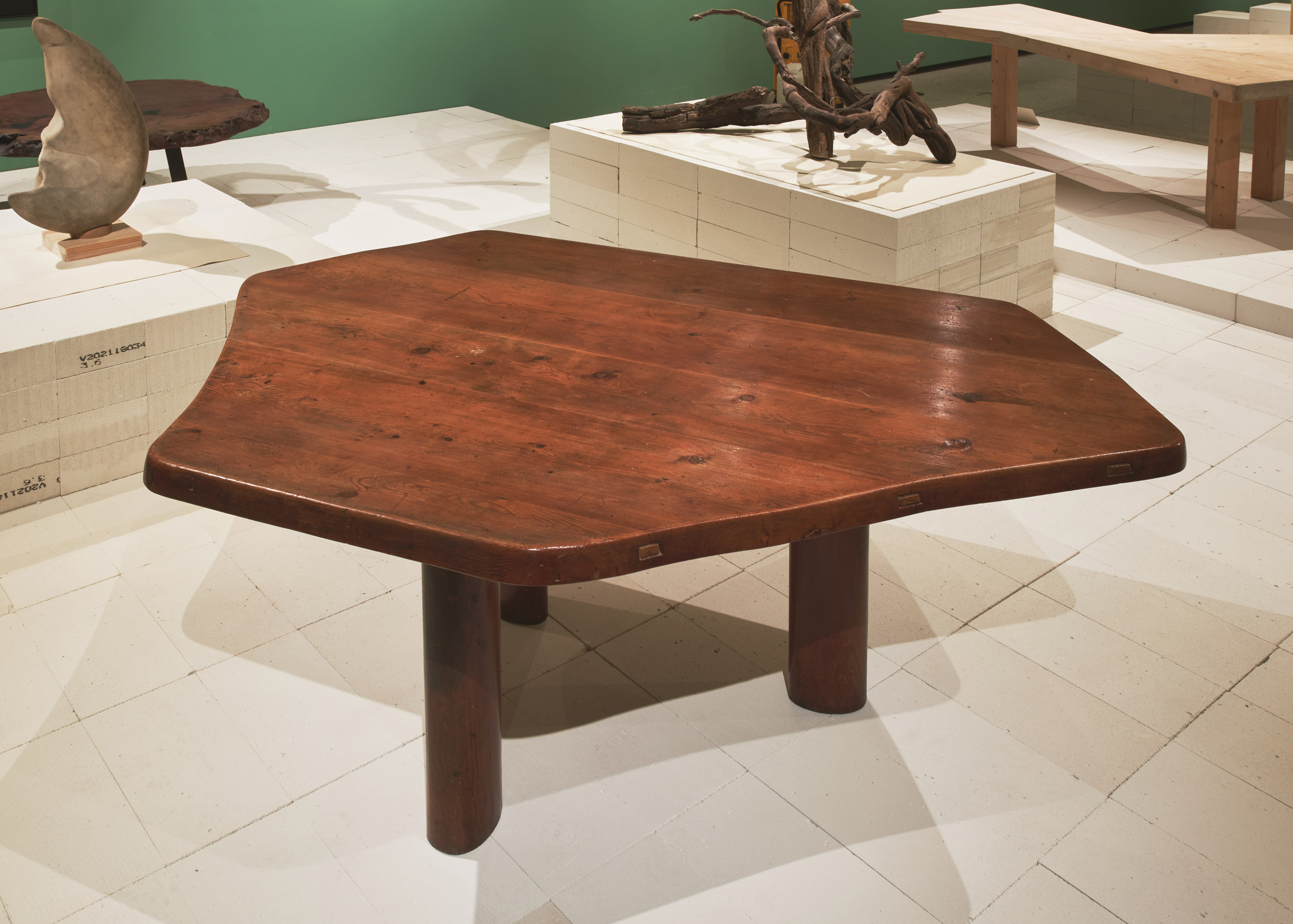 Charlotte Perriand Table a six