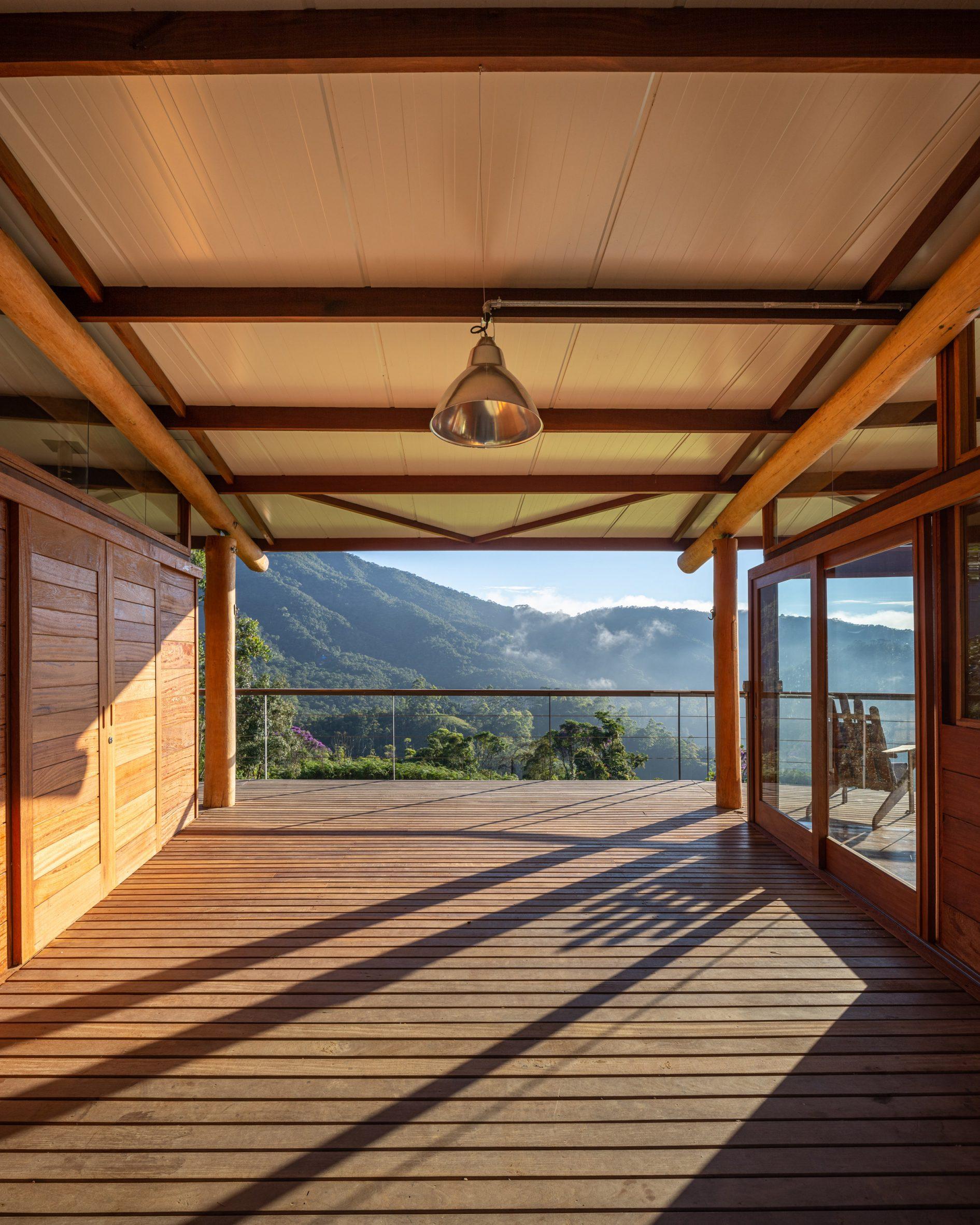 Gui Paoliello Morro Cavado House Brazil breezeway entrance