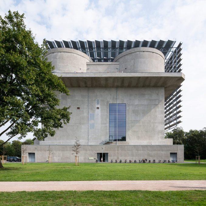 The power plant has a concrete exterior