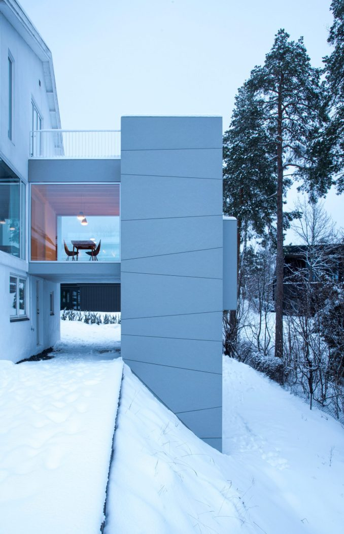 A tower-like house extension