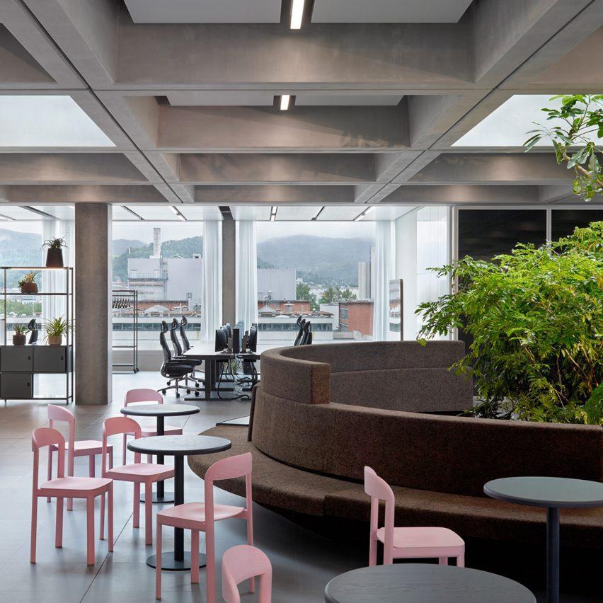 Roche office by Christ & Gantenbein