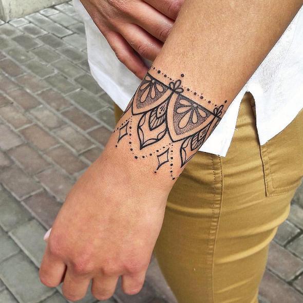 Tatuajes Pulsera O Brazalete La última Moda