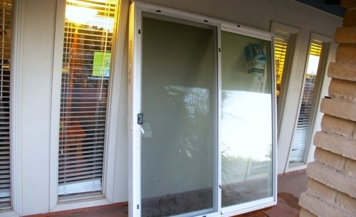 new uninstalled 6 ft jeld wen patio