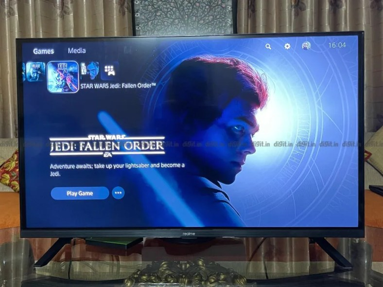 Gaming on the realme 32-inch FHD TV.