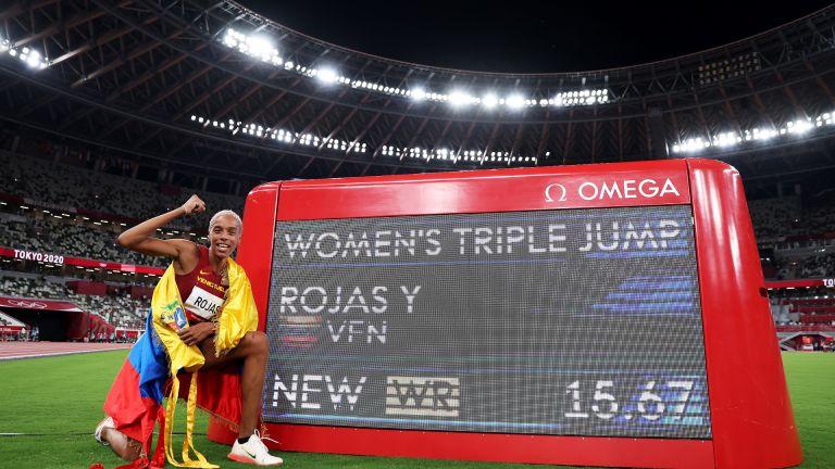 Невероятният Рохас чупи 26-годишен световен рекорд в тройния скок