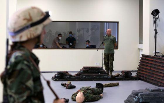 Ръководителят на ВМА лично представи новия симулационен център.