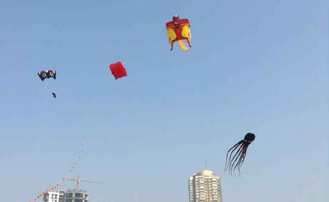 International Kite Festival When An Octopus And Elephant