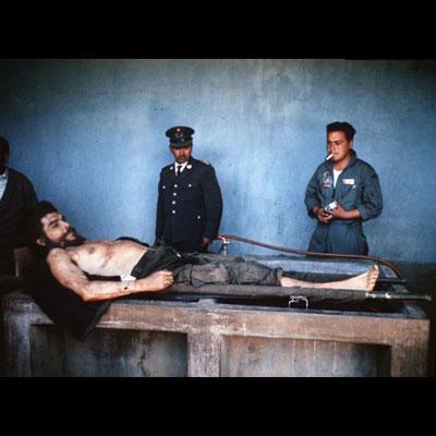 Historic photos of dead Che Guevara resurface in Spain
