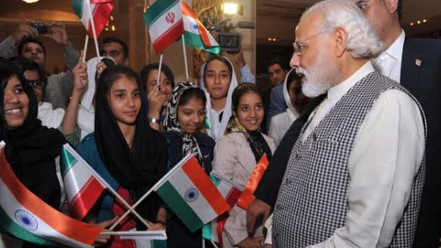 Modi in Iran After visit to Gurudwara PM interacts with students in Tehran