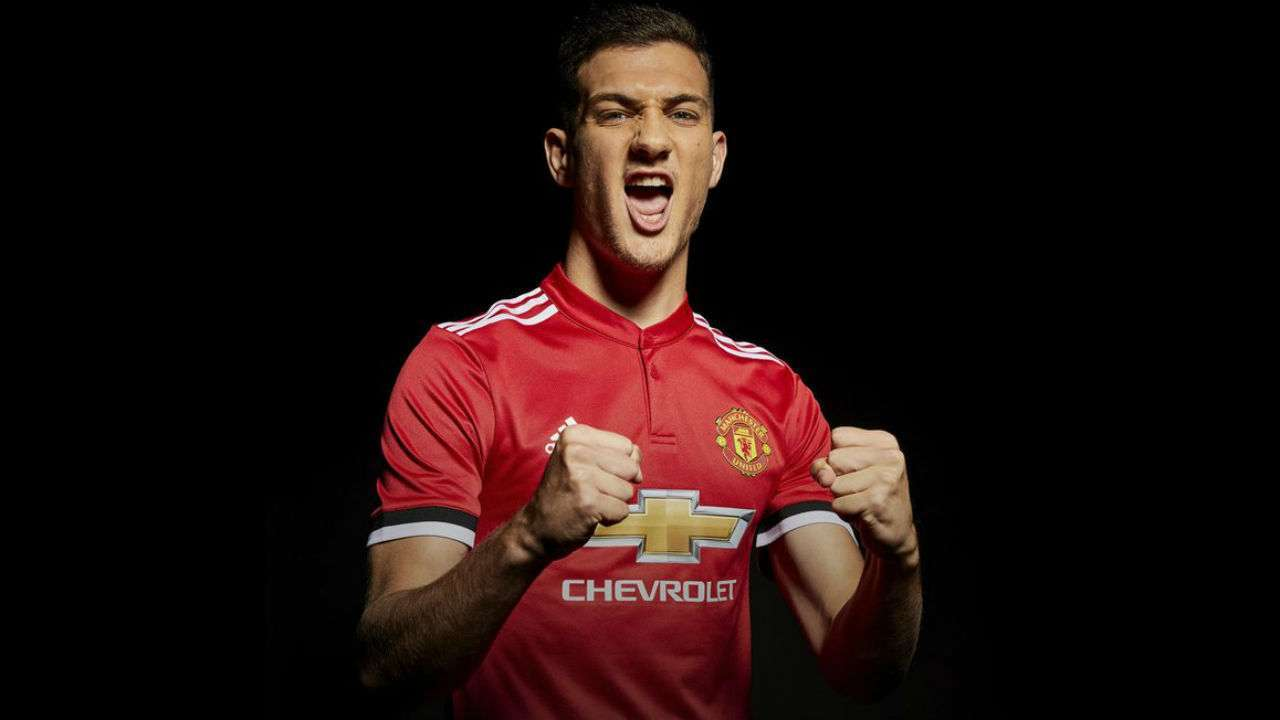 Why Do We Fall Wallpaper Manchester United Defender Diogo Dalot To Miss Start Of Season