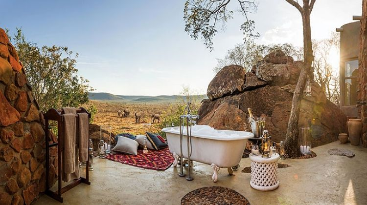 Ten of the worlds best outdoor bathrooms