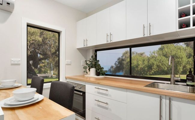 Tiny Houses To Go Under The Hammer In Melbourne For The
