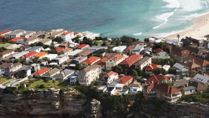 Over the three months to June property prices declined most in the city and east, which recorded a fall of 8 per cent.