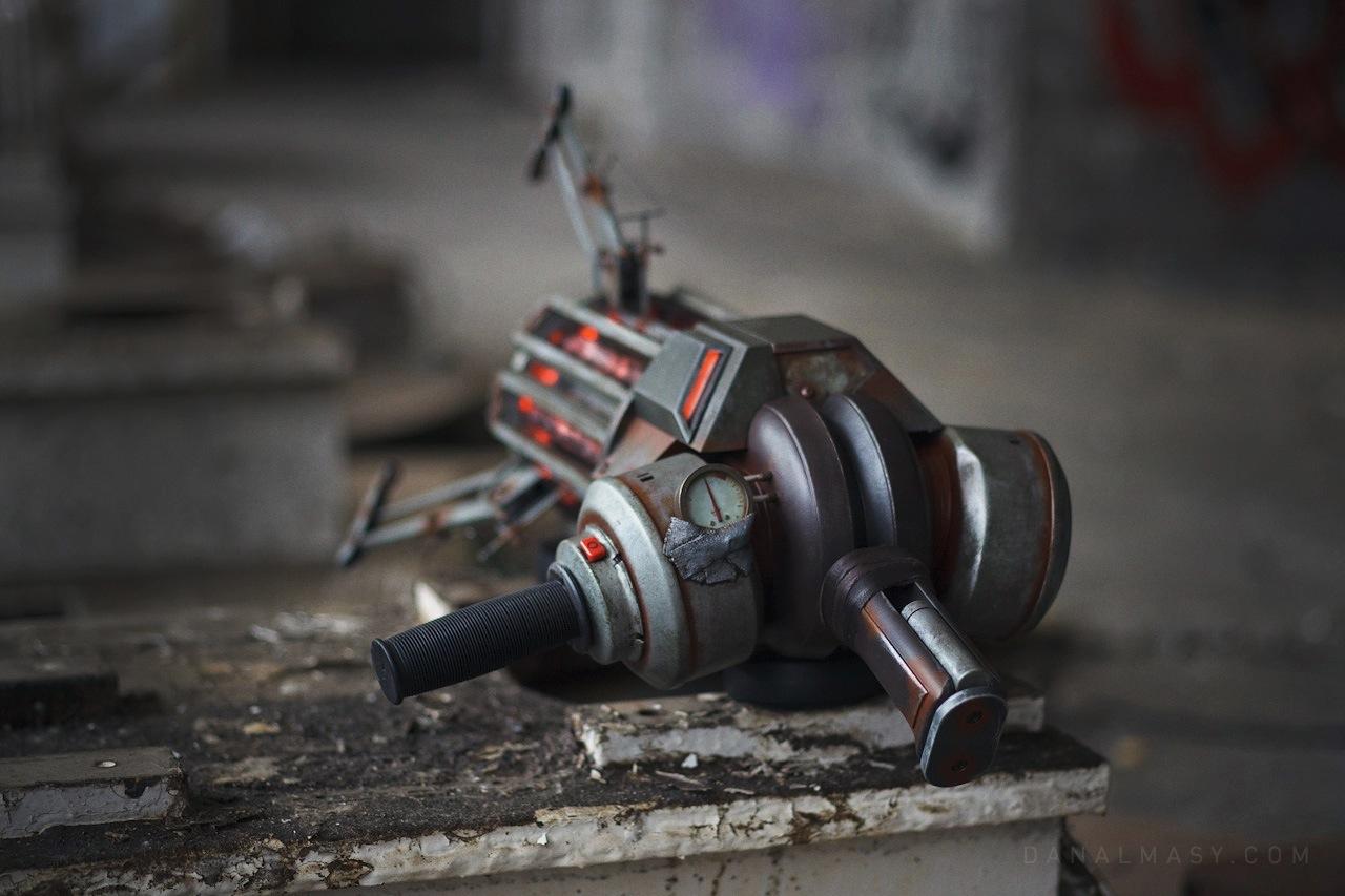 Gravity Gun Replica From Half Life  DudeIWantThatcom
