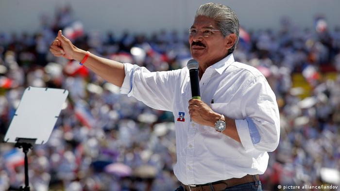 Juzgado pide difusión roja contra ex diputado  Norman Quijano