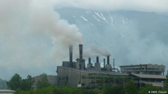 Die Fabrik Jugohrom bei Tetovo Mazedonien.