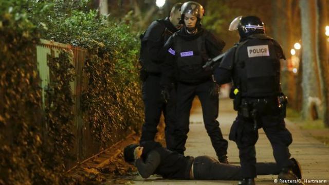 Полиция задержала молодого человека по подозрению в причастности к терактам