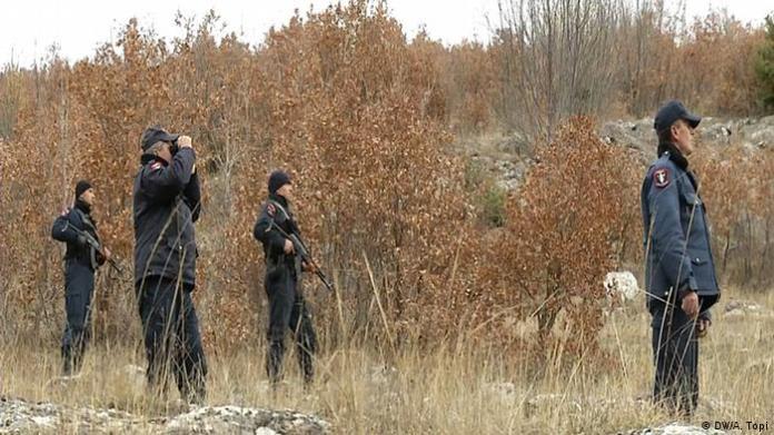 Grenzgebiet zwischen Albanien und Griechenland Grenzpolizei