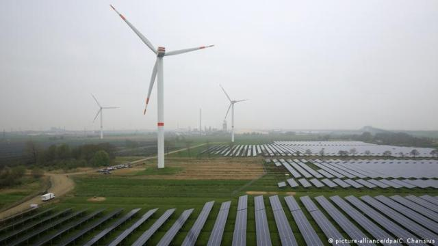 Combined wind ans solar farm in Germany