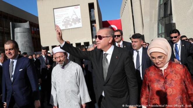 DİTİB'in Köln'deki Merkez Camisi'nin açılışını Erdoğan yapmıştı