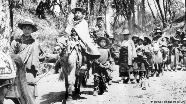 দালাই লামা ১৯৫৯ সালে ভারতে পালিয়ে যান