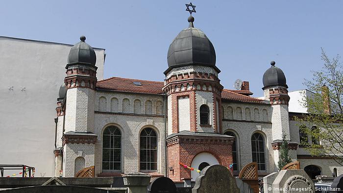 Synagogue in Halle, Germany (Imago Images/S. Schellhorn)