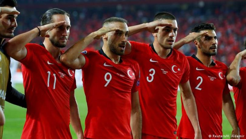 Turkish football team′s military salute to be ′examined′ by UEFA | News |  DW | 13.10.2019