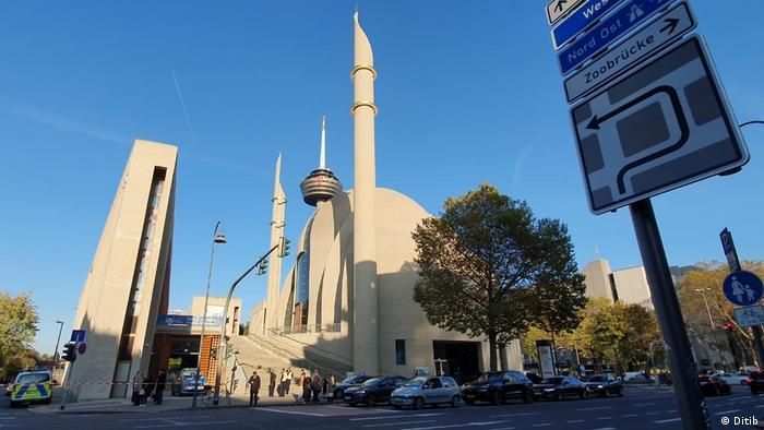 Cologne central mosque (Ditib)