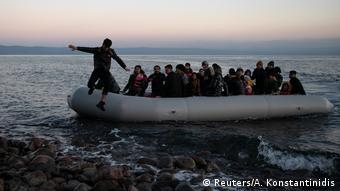 Προσφυγικό, Λέσβος, βάρκα, πρόσφυγες,
