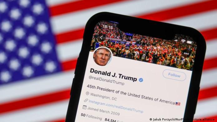 USA Symbolbild Trump Twitter