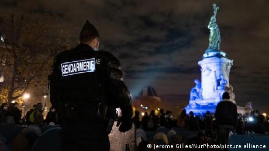 Γαλλία: Κίνδυνος για τον Tύπο ο νέος νόμος περί ασφάλειας;
