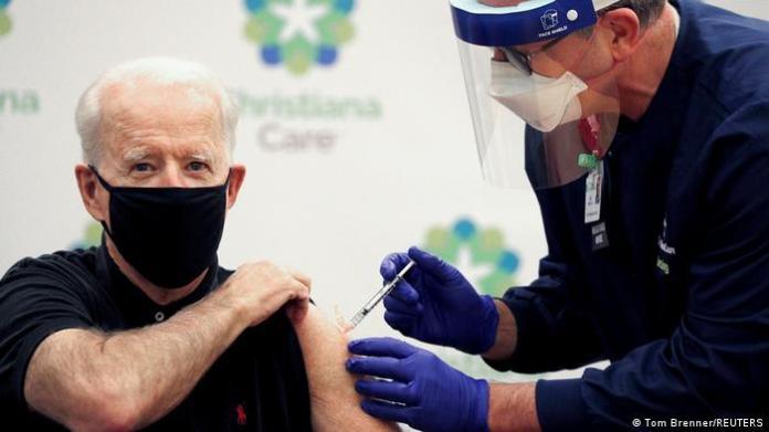 Joe Biden receives the Pfizer/Biontech vaccine