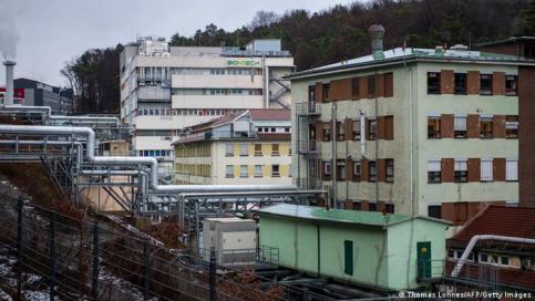 Fabryka BioNTech-Pfizer w Marburgu: stare budynki, ale dopuszczone do produkcji szczepionki