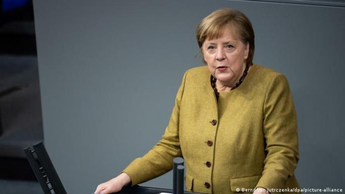 Angela Merkel speaks in the Bundestag
