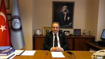 Sağlık Bakanlığı Bilim Kurulu Üyesi Prof. Dr. Necmi İlhan
