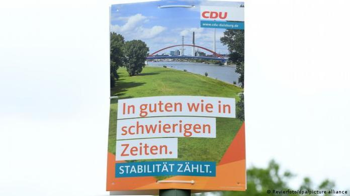 Germany mask affair in the CDU |  Election poster NRW
