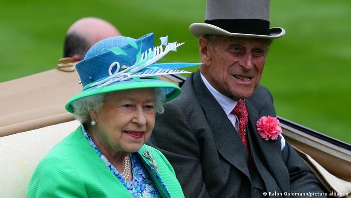 Prinz Philip Herzog Duke of Edinburgh | Königin Elizabeth II. Pferderennen Royal Ascot 2012