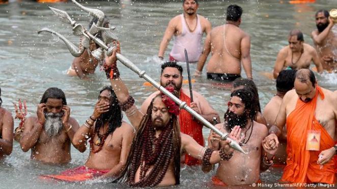 Haridvar'da Pazartesi günü kaydedilen Ganj Nehri'nden bir görüntü