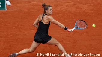 Η Μαρία Σάκκαρη ανέκοψε τις 22 νίκες της Σβίατεκ και την απέκλεισε από τουν ημιτελικό