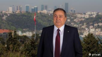 Nazmi Durbakayım