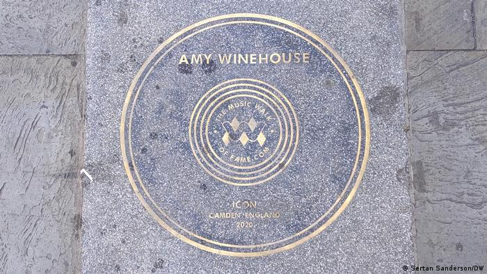 Plaque in Camden highlighting Amy Winehouse' achievements