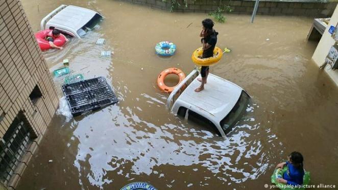 Arşiv - Güney Kore'nin Hadong kentinde yaşanan sel felaketinde en az 30 kişi hayatını kaybetmişti (Ağustos/2020)